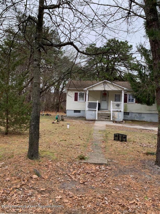 787 Coral Avenue, Lakewood, NJ 08701 (MLS #22019535) :: The Dekanski Home Selling Team