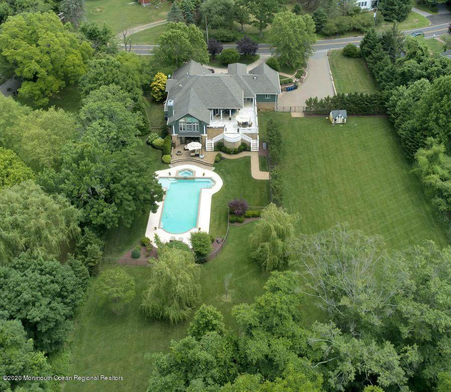 4 Old Mill Road - Photo 1