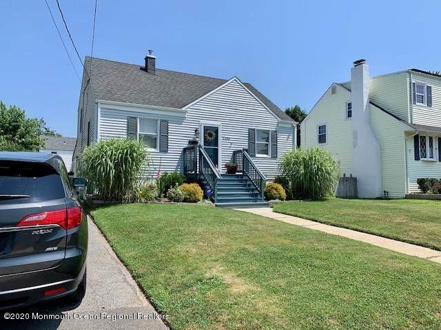 1103 Grassmere Avenue, Ocean Twp, NJ 07712 (MLS #22022401) :: The MEEHAN Group of RE/MAX New Beginnings Realty