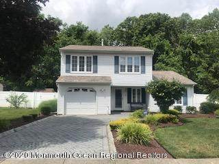 6 Barre Drive, Howell, NJ 07731 (MLS #22023991) :: William Hagan Group