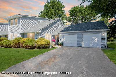 37 Amy Court, Brick, NJ 08724 (MLS #22024000) :: The CG Group | RE/MAX Real Estate, LTD