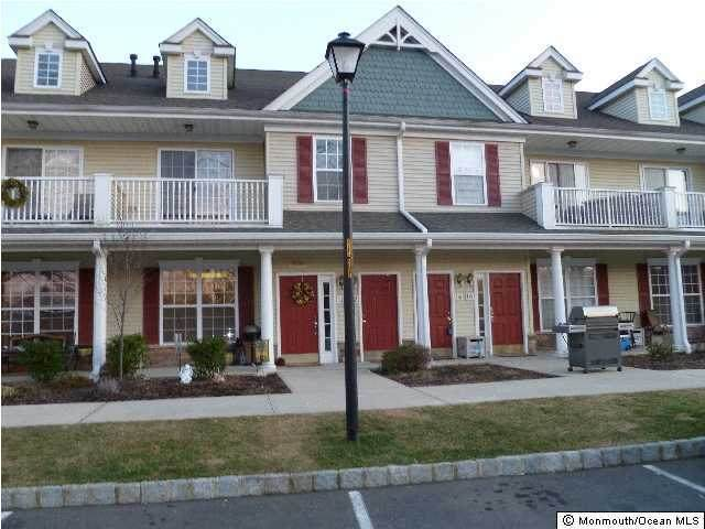 14 Oxford Court, Englishtown, NJ 07726 (MLS #22024722) :: William Hagan Group