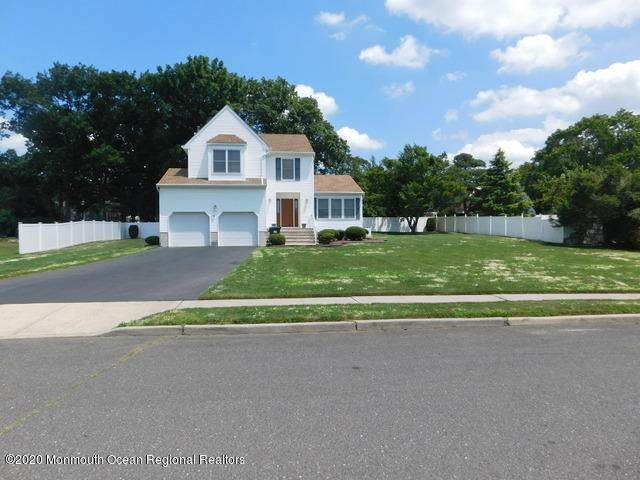 10 Rizzo Court, Howell, NJ 07731 (MLS #22025817) :: The CG Group   RE/MAX Real Estate, LTD