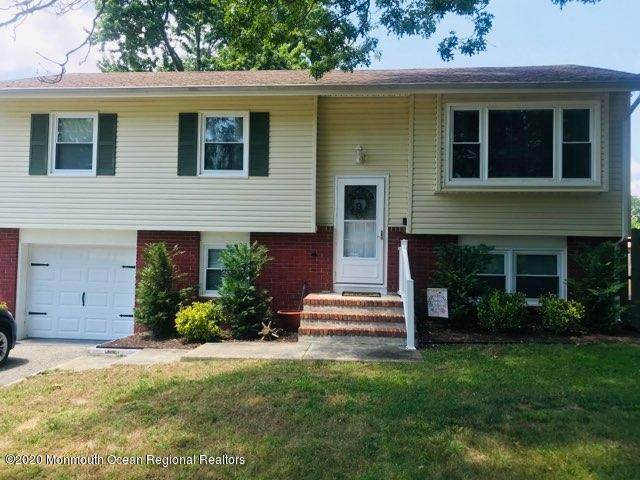 632 Texas Drive, Toms River, NJ 08753 (MLS #22026025) :: The MEEHAN Group of RE/MAX New Beginnings Realty