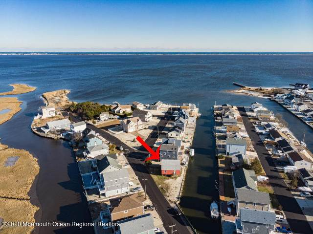 217 N Bay Drive, Bayville, NJ 08721 (MLS #22026426) :: The MEEHAN Group of RE/MAX New Beginnings Realty