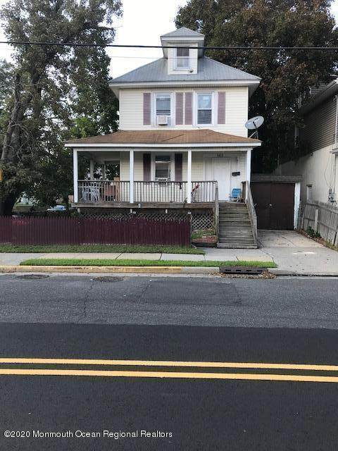 1411 Bangs Avenue - Photo 1