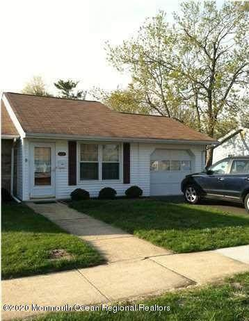124D Azalea Court, Lakewood, NJ 08701 (MLS #22028689) :: The CG Group | RE/MAX Real Estate, LTD