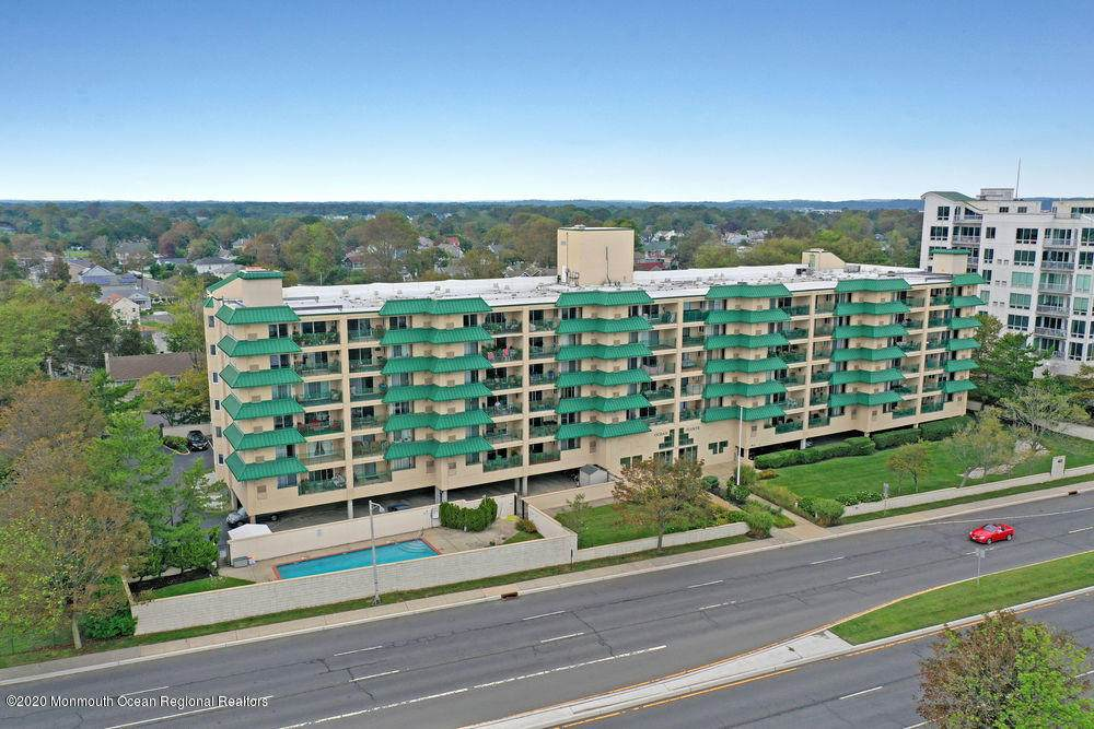 422 Ocean Boulevard - Photo 1