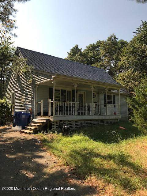 1941 New York Avenue, Whiting, NJ 08759 (MLS #22032020) :: The MEEHAN Group of RE/MAX New Beginnings Realty