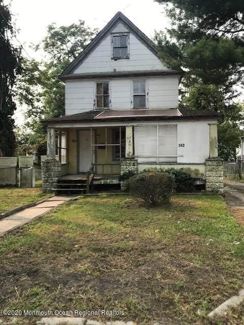342 Ocean Avenue, Lakewood, NJ 08701 (MLS #22033179) :: The Dekanski Home Selling Team