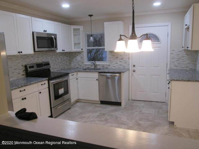 258 A Jefferson Court, Lakewood, NJ 08701 (MLS #22034487) :: The CG Group   RE/MAX Real Estate, LTD