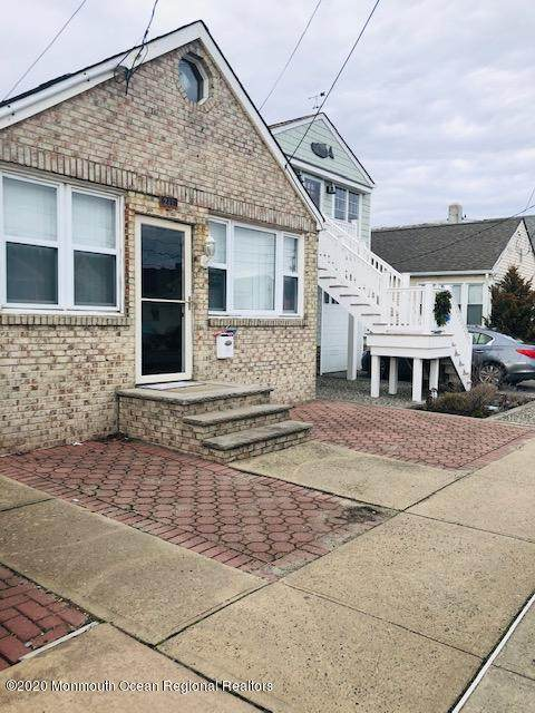 211 Ocean Avenue, Point Pleasant Beach, NJ 08742 (MLS #22037636) :: The MEEHAN Group of RE/MAX New Beginnings Realty