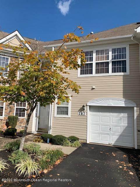 117 Shinnecock Drive, Englishtown, NJ 07726 (MLS #22037726) :: Kiliszek Real Estate Experts