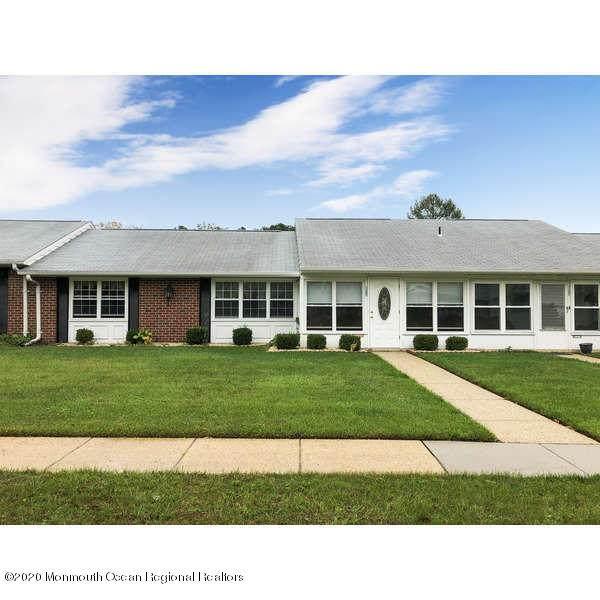 1198C Shetland Drive #1003, Lakewood, NJ 08701 (MLS #22037785) :: The Sikora Group