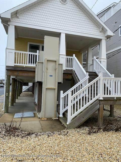 127 Carmel Drive, Lavallette, NJ 08735 (MLS #22038344) :: Provident Legacy Real Estate Services, LLC