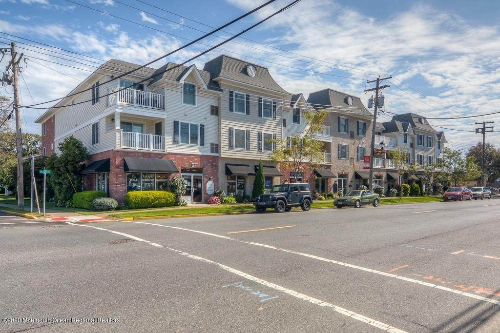 1700 Main Street - Photo 1