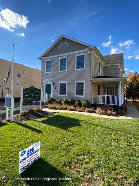 https://bt-photos.global.ssl.fastly.net/monmouth/orig_boomver_1_22040171-2.jpg