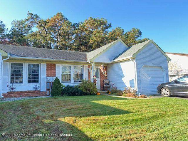 136B Sunset Road, Whiting, NJ 08759 (MLS #22040581) :: The Streetlight Team at Formula Realty