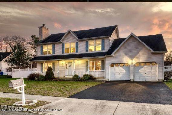 18 Autumn Drive, Howell, NJ 07731 (MLS #22042978) :: William Hagan Group