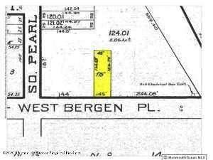 26 Drs James Parker Boulevard, Red Bank, NJ 07701 (MLS #22043425) :: William Hagan Group