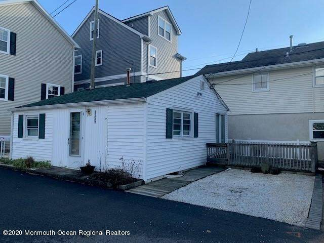 169 W Atlantic Way, Lavallette, NJ 08735 (MLS #22043909) :: Caitlyn Mulligan with RE/MAX Revolution