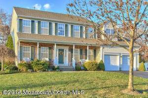 215 Brittany Lane, Toms River, NJ 08755 (MLS #22101039) :: The MEEHAN Group of RE/MAX New Beginnings Realty