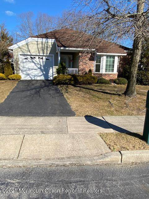 21 Cottonwood Drive, Barnegat, NJ 08005 (MLS #22102174) :: The MEEHAN Group of RE/MAX New Beginnings Realty