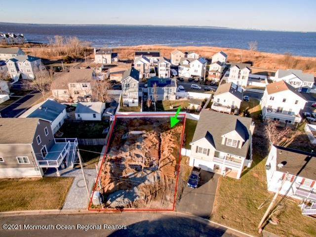 801 Bayview Avenue, Union Beach, NJ 07735 (MLS #22102541) :: William Hagan Group