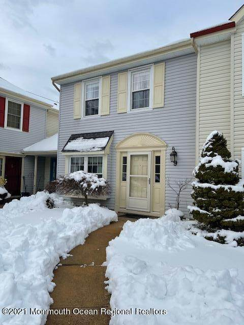 51 Christopher Court #9, Freehold, NJ 07728 (MLS #22103489) :: The Sikora Group