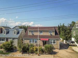 128 12th Avenue - Photo 1
