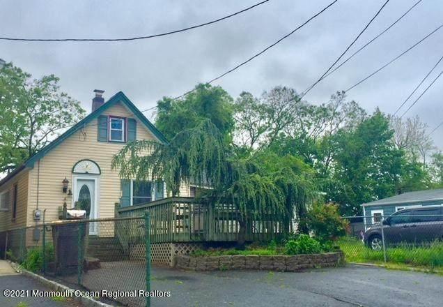 376 Shoreland Circle, Laurence Harbor, NJ 08879 (MLS #22104657) :: Laurie Savino Realtor