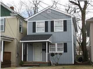 260 Mechanic Street, Red Bank, NJ 07701 (#22105231) :: Daunno Realty Services, LLC