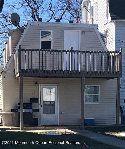 49 Highland Avenue, Keansburg, NJ 07734 (MLS #22107331) :: The MEEHAN Group of RE/MAX New Beginnings Realty