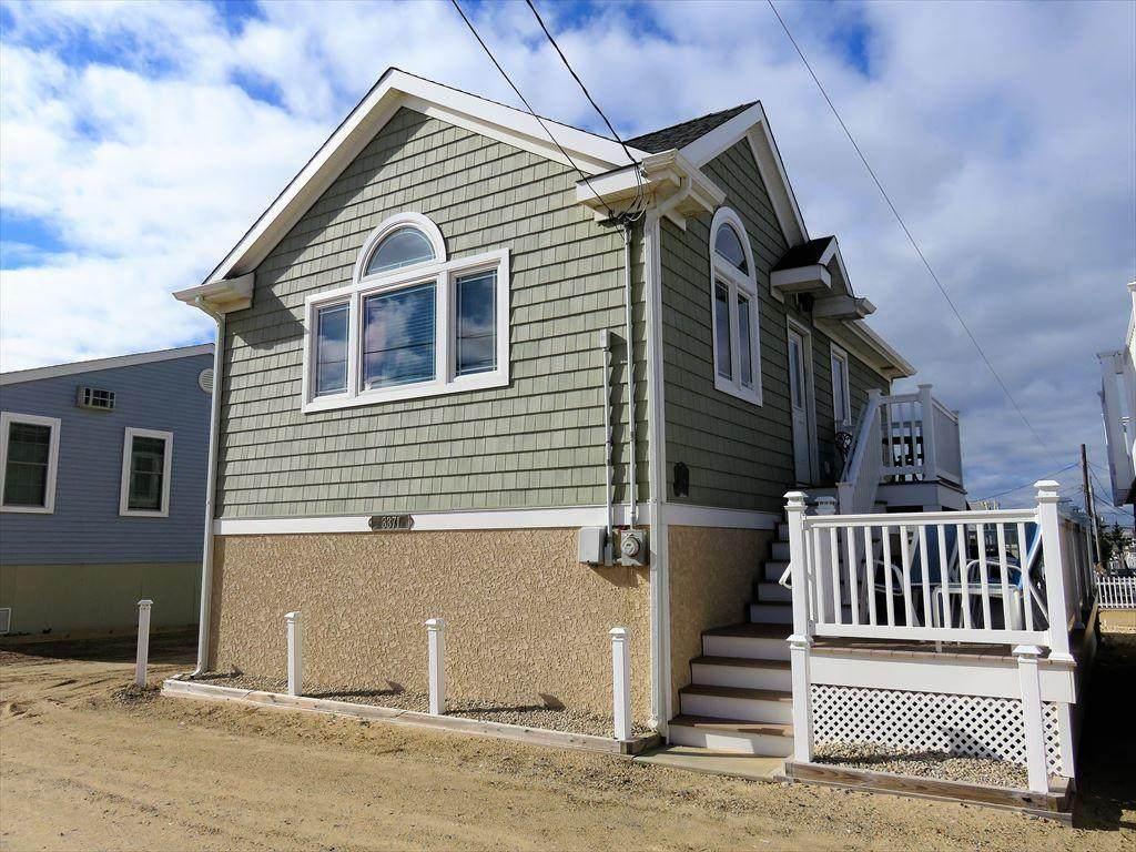 3371 Seaview Road - Photo 1