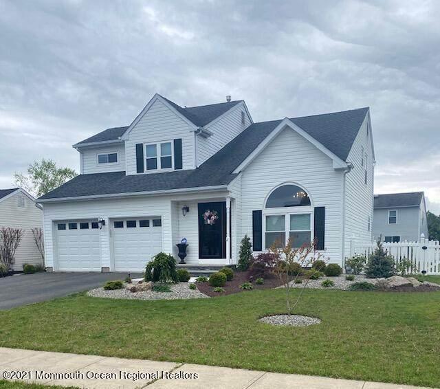 2 Muir Lane, Howell, NJ 07731 (MLS #22114268) :: Corcoran Baer & McIntosh