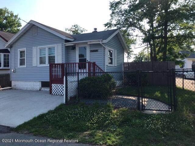 272 Norwood Avenue, Laurence Harbor, NJ 08879 (MLS #22118121) :: The CG Group | RE/MAX Revolution