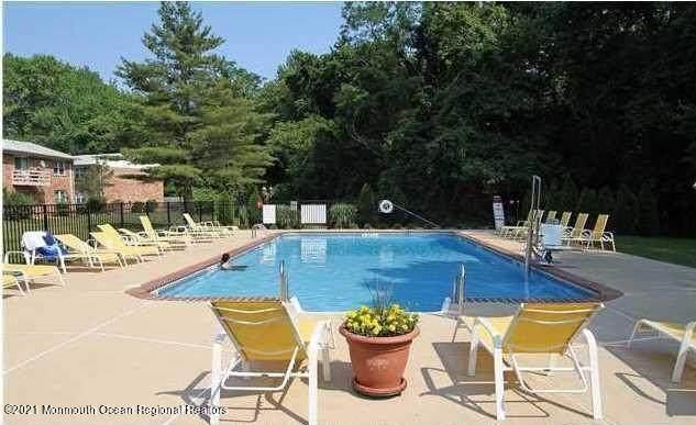 96 East Avenue #1, Atlantic Highlands, NJ 07716 (MLS #22119122) :: The Dekanski Home Selling Team