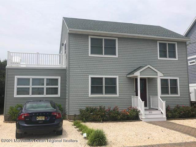 302 Venice Drive, Lavallette, NJ 08735 (MLS #22120163) :: The MEEHAN Group of RE/MAX New Beginnings Realty