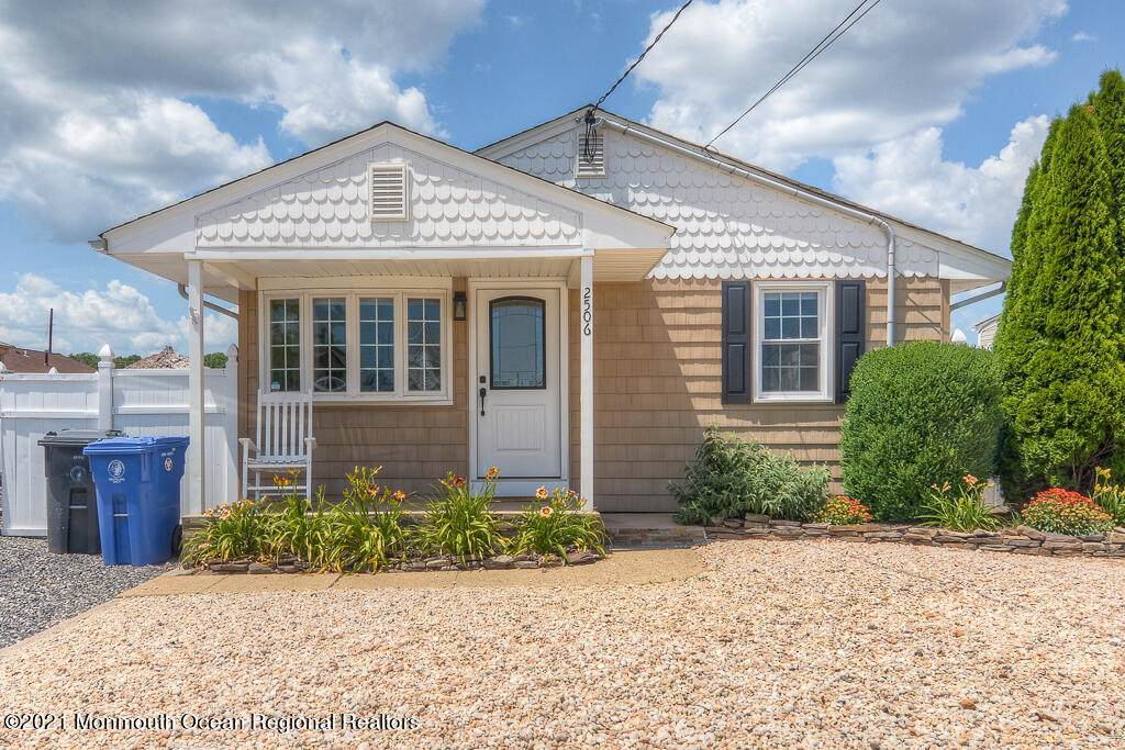 2506 Hiering Road - Photo 1