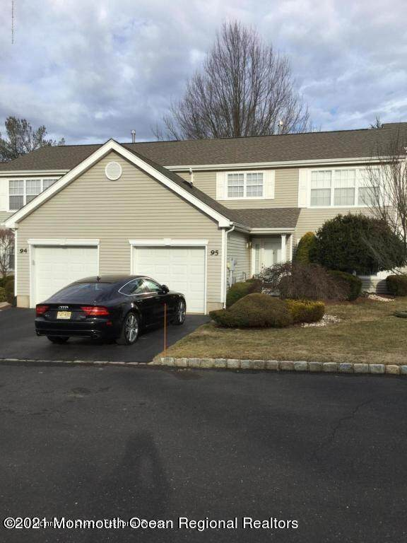 95 Aspen Lane, Freehold, NJ 07728 (MLS #22121965) :: The MEEHAN Group of RE/MAX New Beginnings Realty