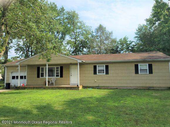 1516 8th Avenue, Toms River, NJ 08757 (MLS #22124216) :: The MEEHAN Group of RE/MAX New Beginnings Realty