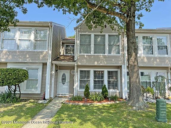 985 Jessica Court, Lakewood, NJ 08701 (MLS #22125116) :: Corcoran Baer & McIntosh