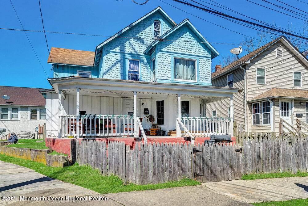 1143 Sewall Avenue - Photo 1