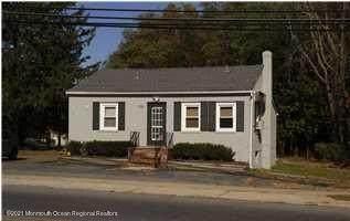 226 Taylors Mills Road, Manalapan, NJ 07726 (MLS #22126859) :: Laurie Savino Realtor