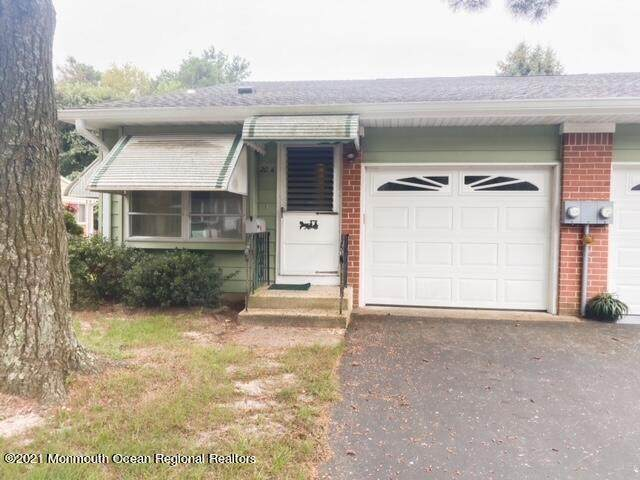 20 Homestead Drive A, Whiting, NJ 08759 (MLS #22129670) :: William Hagan Group