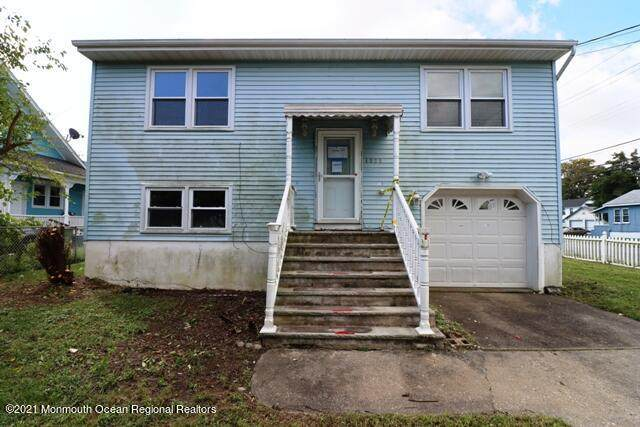 1228 8th Avenue, Neptune Township, NJ 07753 (MLS #22133503) :: PORTERPLUS REALTY