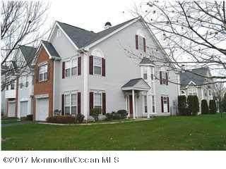 4 Oxford Road #329, Holmdel, NJ 07733 (MLS #22134356) :: The MEEHAN Group of RE/MAX New Beginnings Realty
