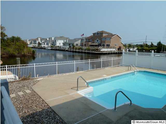 106 Southview Drive, Brick, NJ 08723 (MLS #21618150) :: The Dekanski Home Selling Team