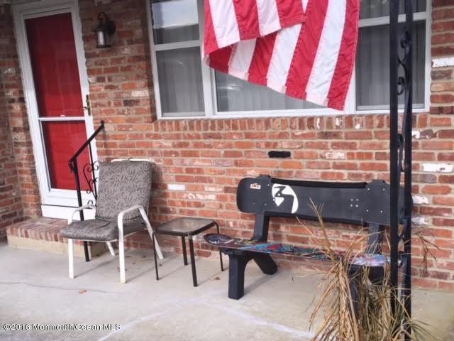 49 Selkirk Avenue, Toms River, NJ 08757 (MLS #21646653) :: The Dekanski Home Selling Team