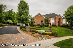 11 Molly Pitcher Road, Marlboro, NJ 07746 (MLS #21703772) :: The Dekanski Home Selling Team